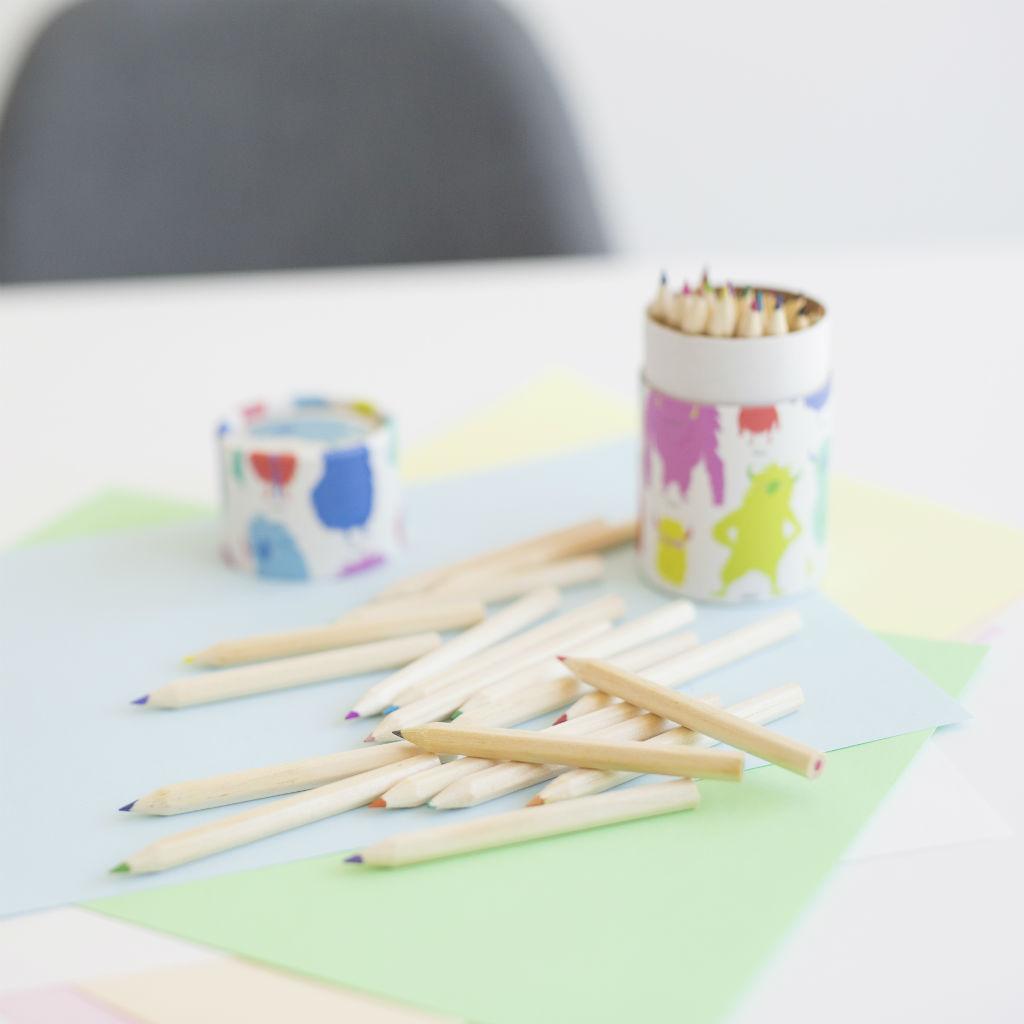 Sada 36 farebných ceruziek (Svetové príšerky)