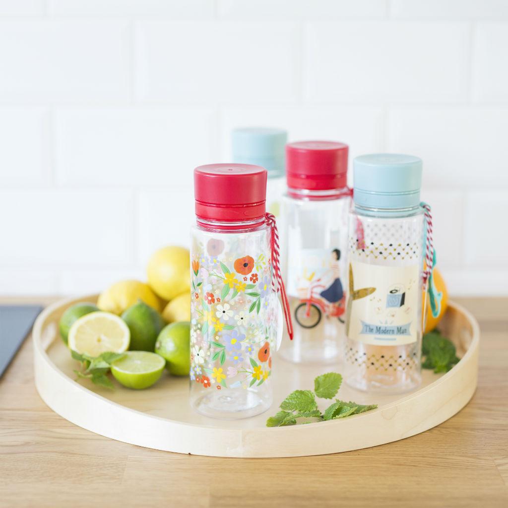 Fľaše na vodu (rôzne dizajny)